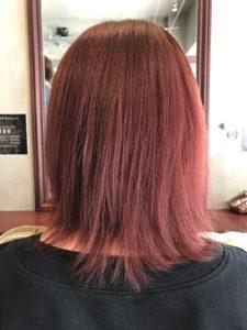 暖色 レッド ピンク ボブ カラー